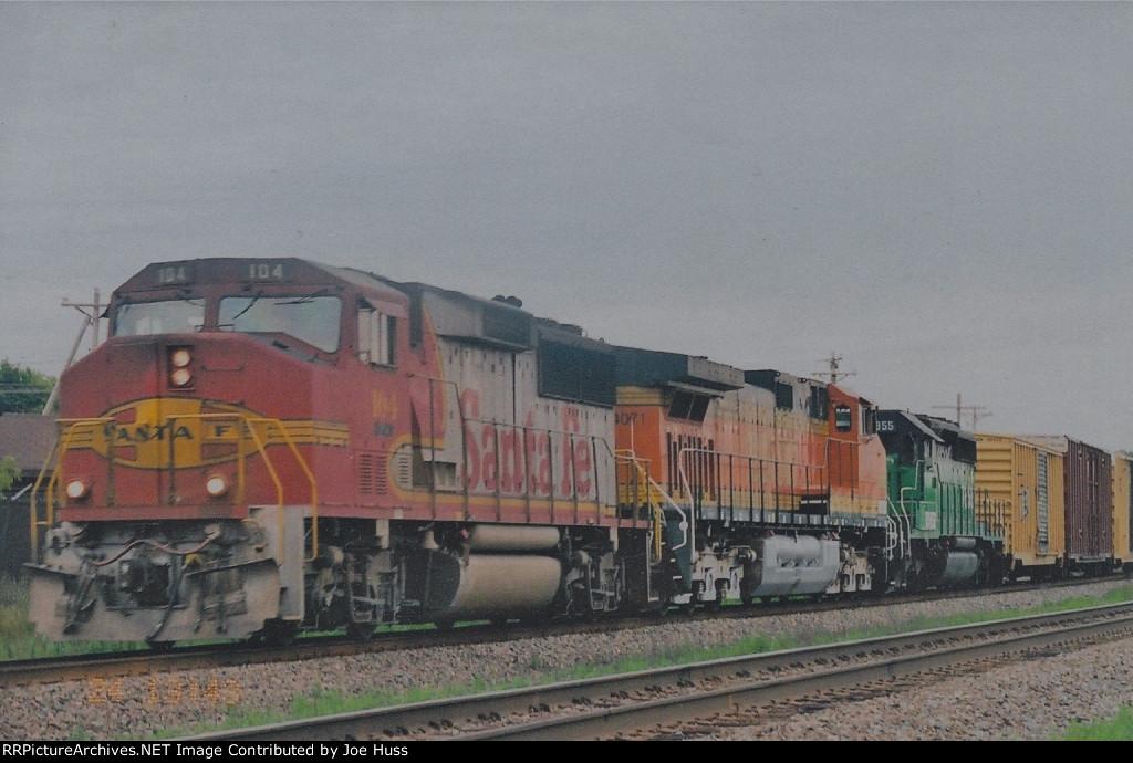 BNSF 104 West