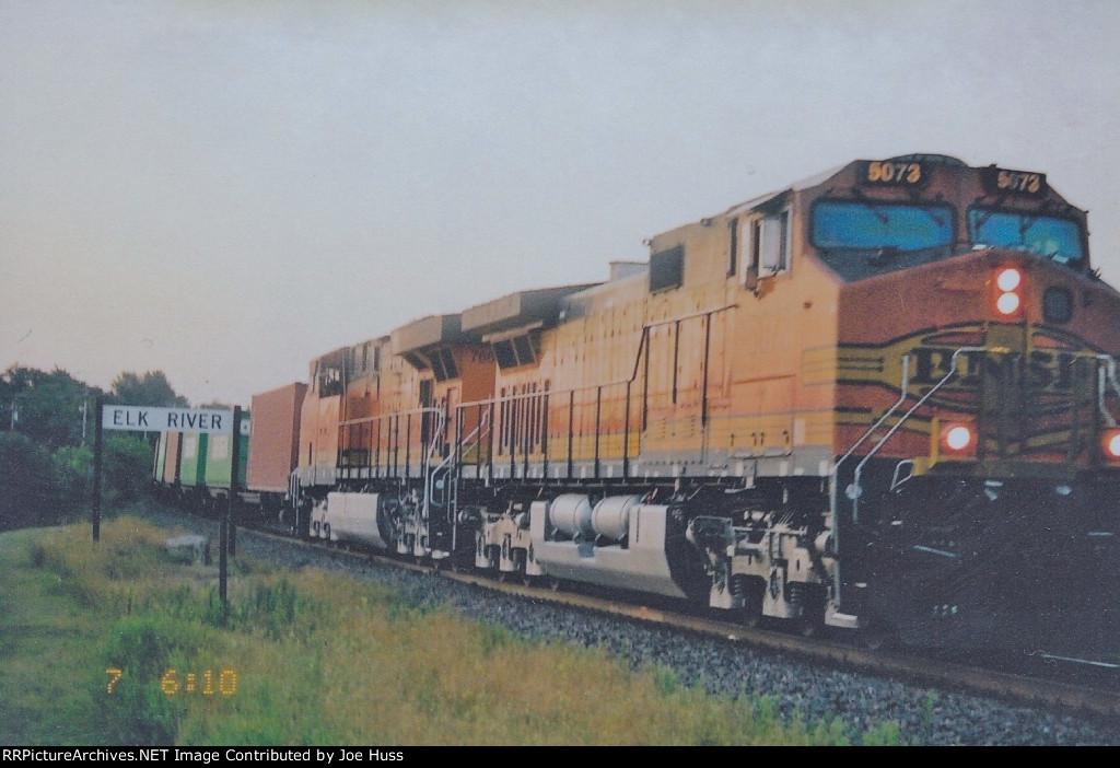 BNSF 5073 West