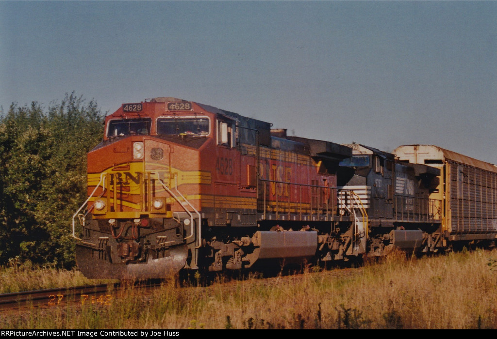 BNSF 4628 East