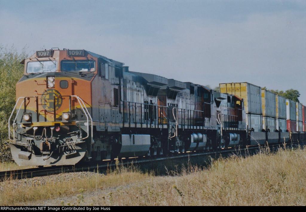 BNSF 1097 East