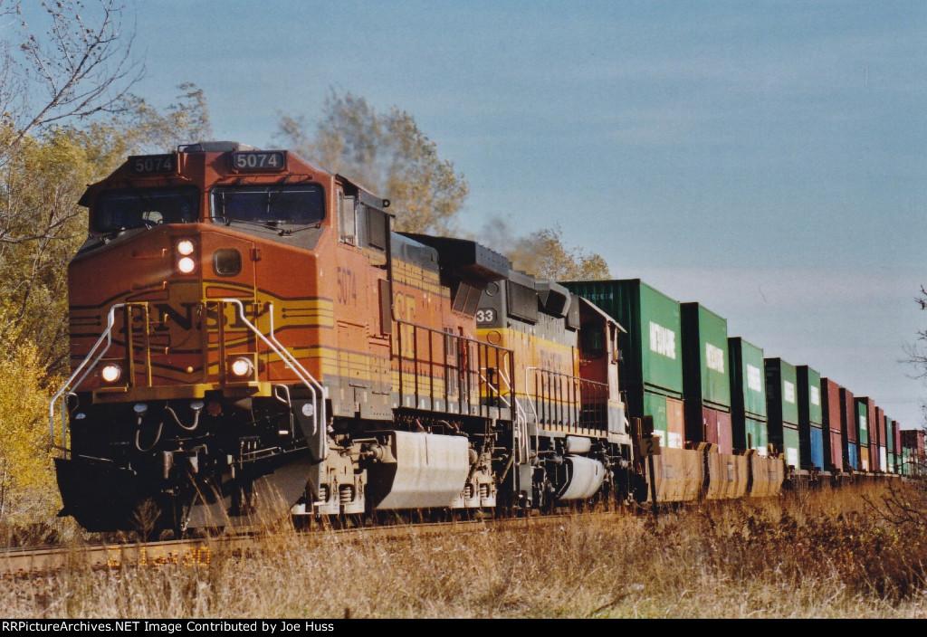 BNSF 5074 West