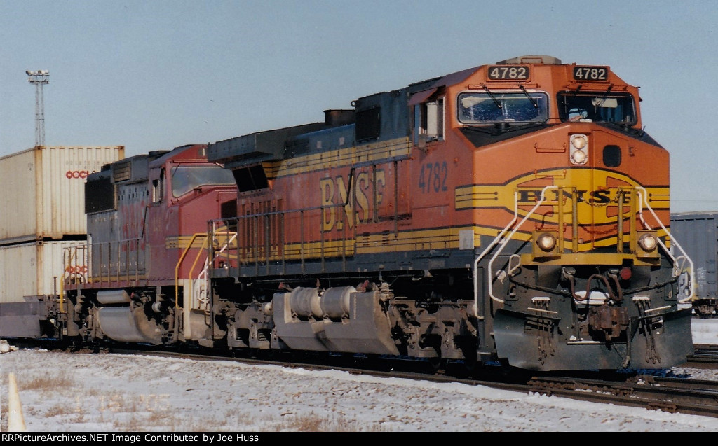 BNSF 4782 East