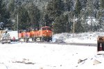 BNSF 6316 east passing work crew at Hirchdale