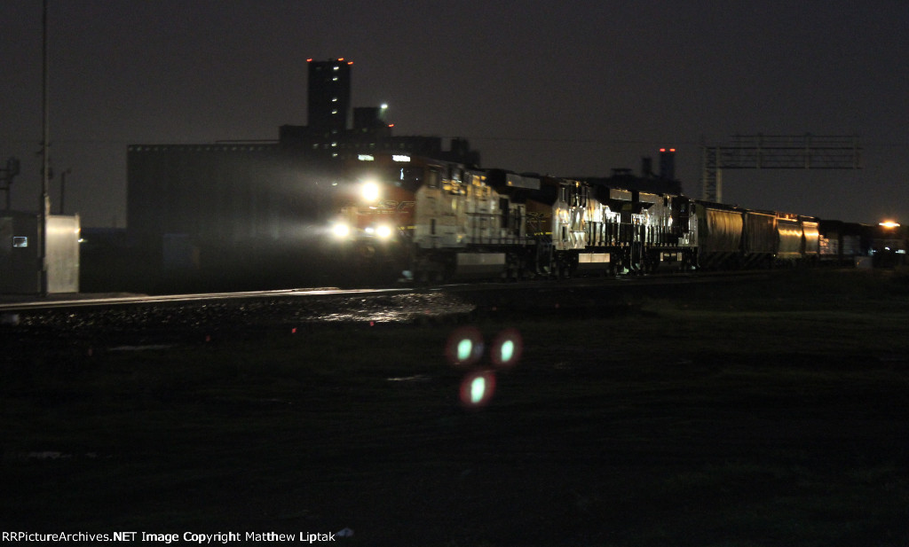 BNSF 7751, BNSF 7025, and BNSF 8060
