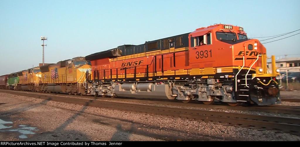 BNSF 3931 West; H-KCKTUL