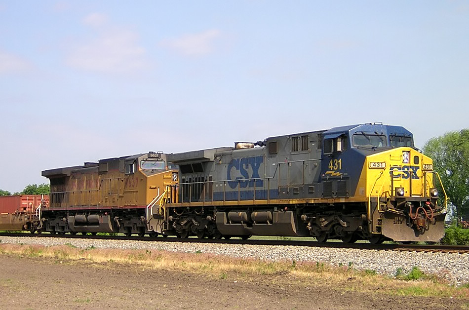 CSX 431 and UP 9637