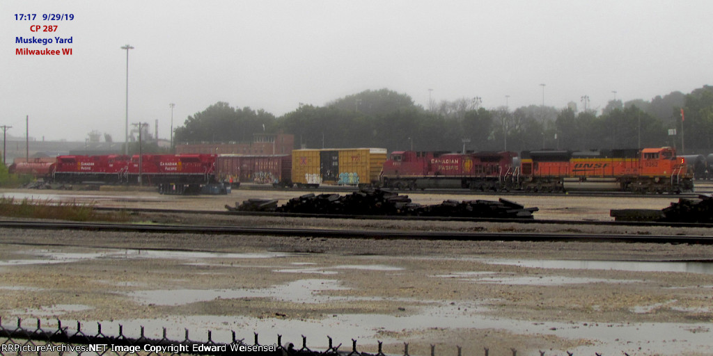 287 sets out the fresh pair of SD70ACU rebuilds