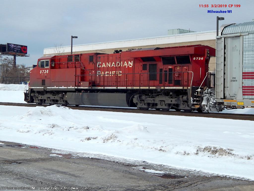 199's B'ville and 686's Portage crews will swap trains @ Grand Av.