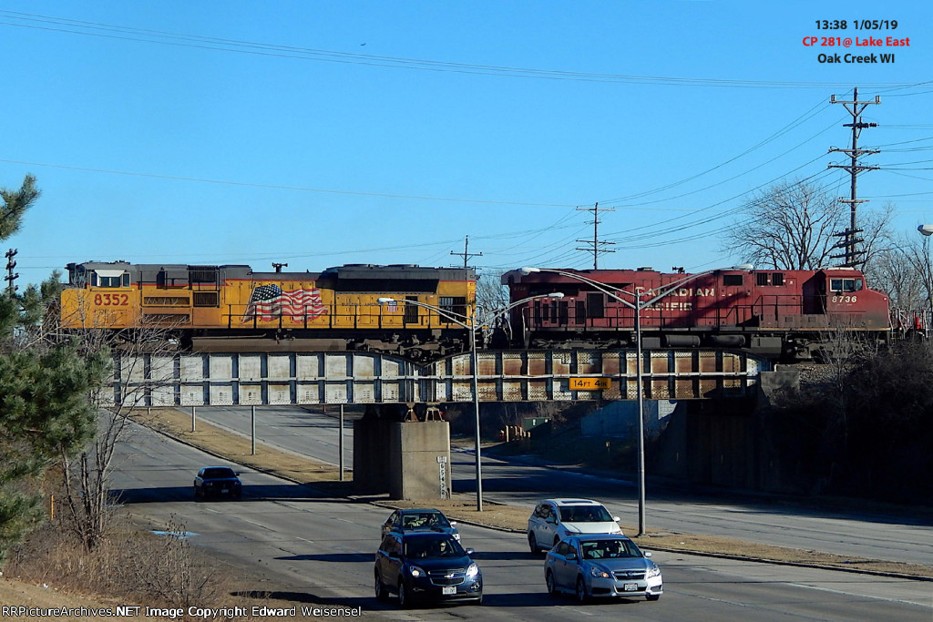 218 rolls across Rawson Av. headed for a crew swap with 650 in Muskego yard