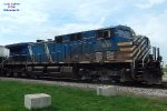 Bluebird led a combined grain and oil train to Milwaukee - and cut the tank cars in the yard