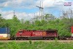 AC44CWM 8121 mid-train on Friday's 199