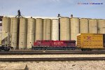 287 waltzes up the north tracks of Muskego yard