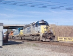 CSX 8320 on Q549 heading south