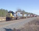 CSX 8631 on Q142 running around Q680 heading north