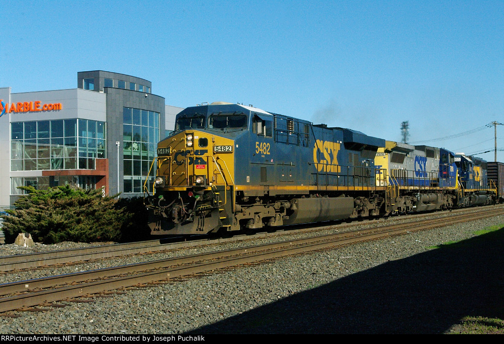 A CSX freight passes by while I am waiting at Ridgefield Park Station