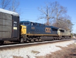 CSX 5255 on Q220 heading north