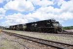NS 7502 leads a stack train west