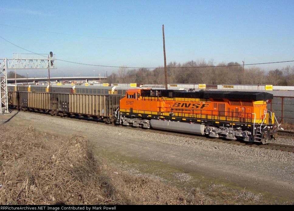 BNSF 5767 (pusher) heading north thru the NS Inman Yard
