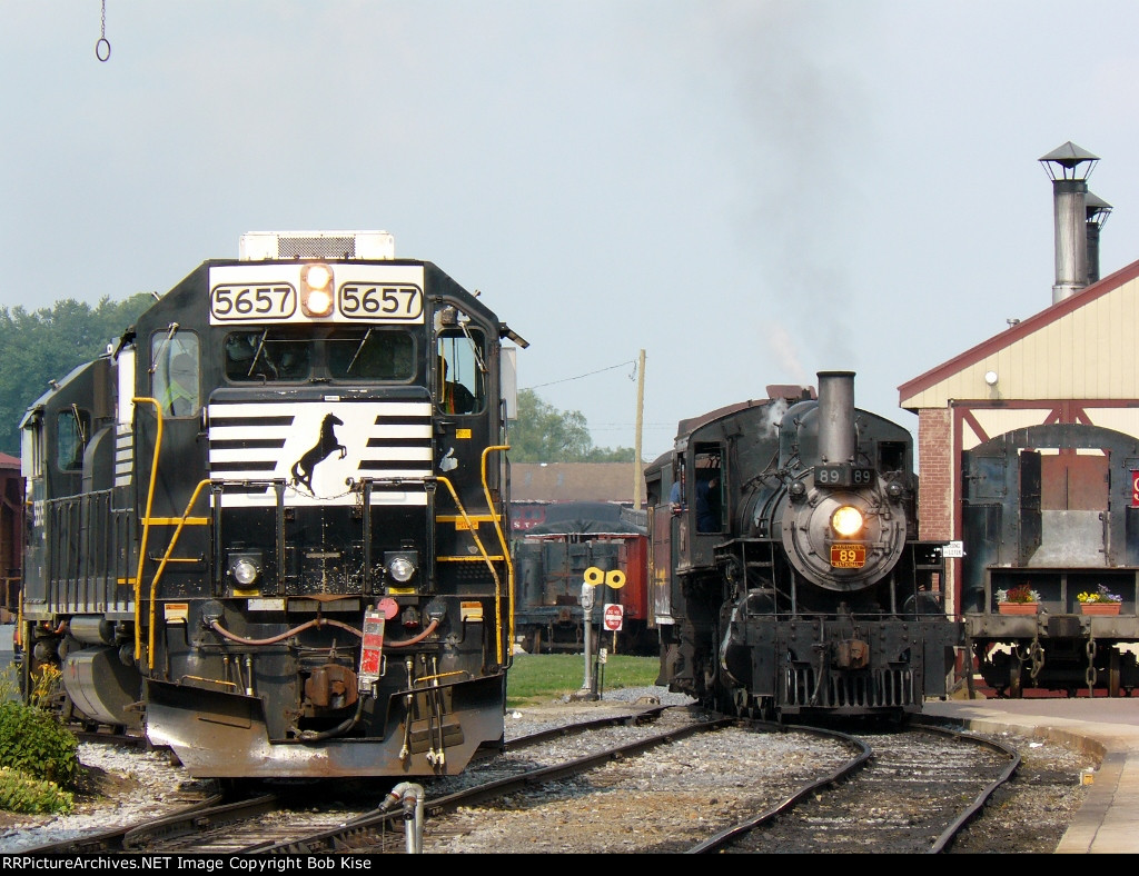 NS Geeps and Strasburg steam, side-by-side