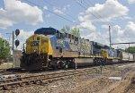 CSX CW44-6 #696 on Q300