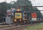 CSX C40-8 #7527 on Q190-30