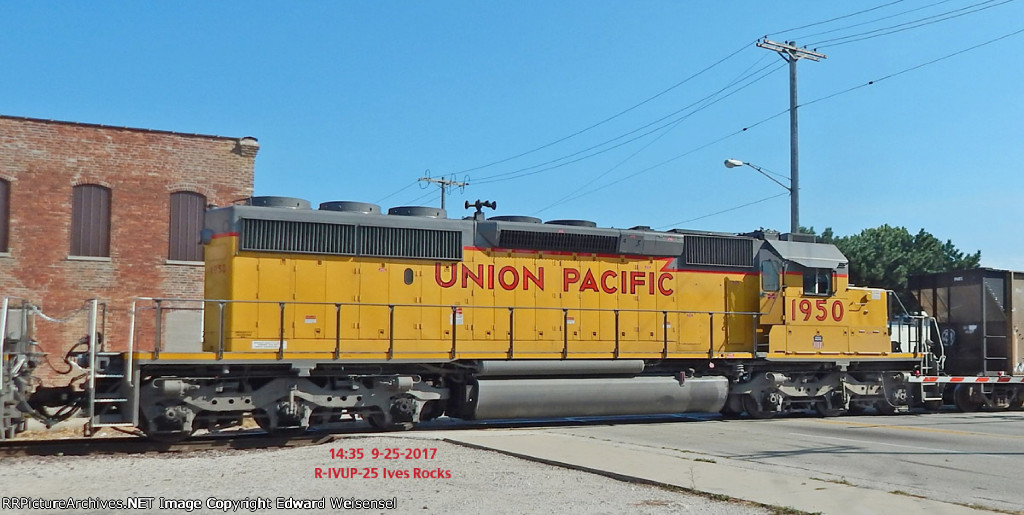 R-IVUP 1050 will lead the loads south in a little over an hour