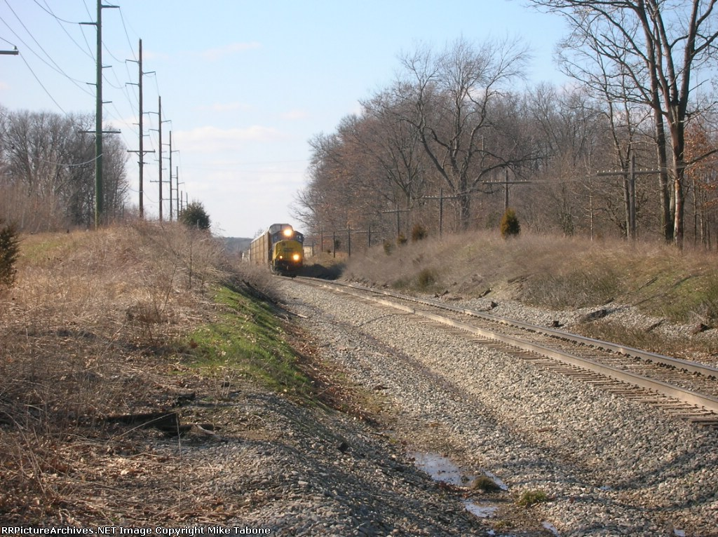 CSX 750 coming up on 12 mile road on Q326-8
