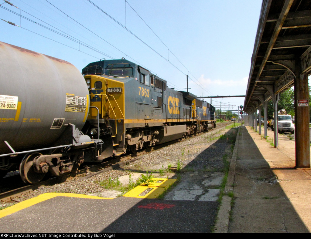 CSX 7863 and 8553