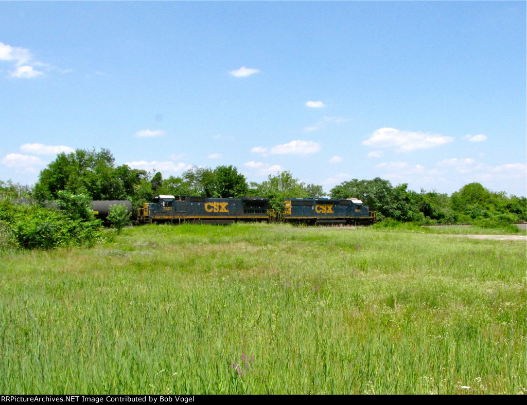 CSX 8817 and 7521