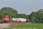 CN 2933 On NS 124 Westbound