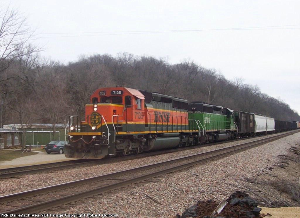 BNSF 7135