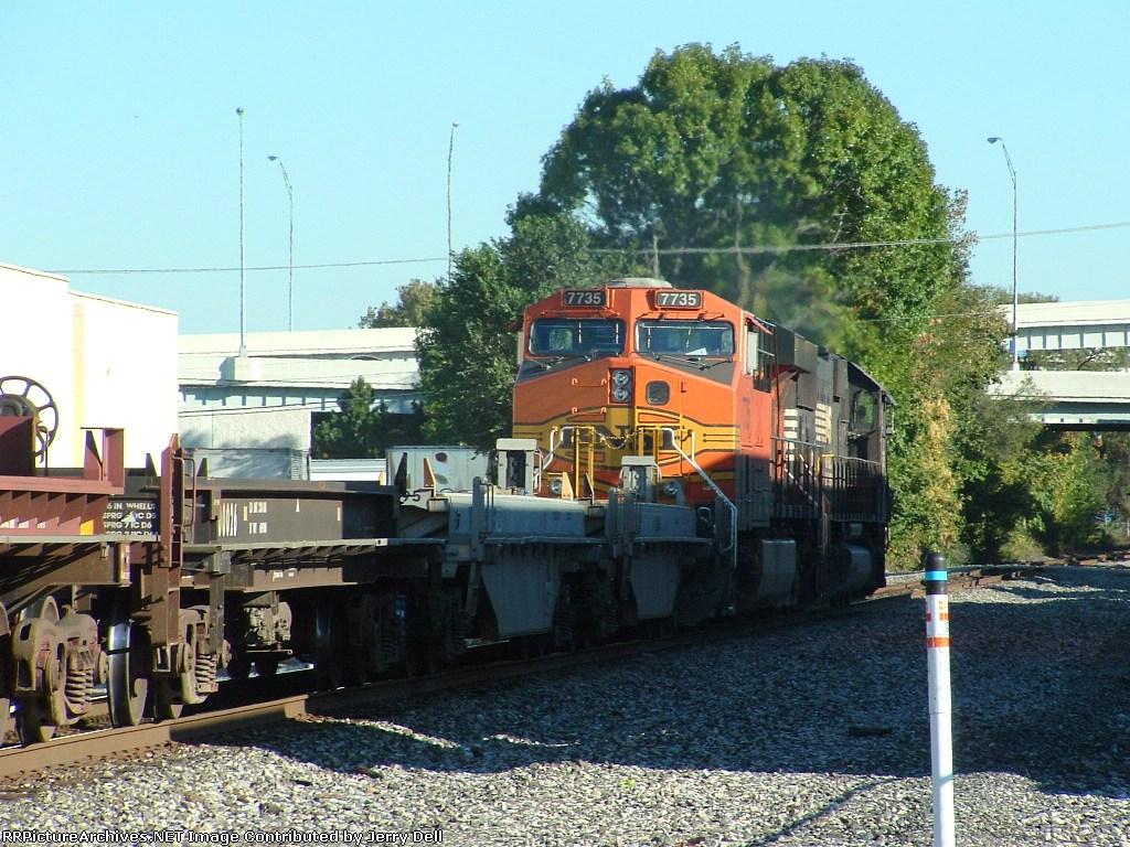 BNSF 7735