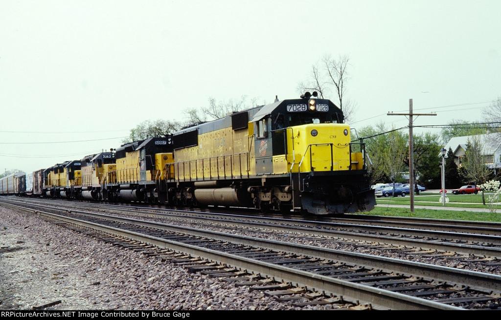 CNW 7028