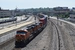 BNSF 7610 leads EB stack train