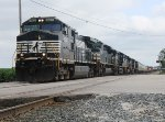Having just crossed the CSX diamonds, this Bellvue bound manifest crosses Ohio Route 4