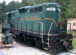 Stone Mountain Scenic 6661 renumbered 2184 repainted in the SOU green paintscheme