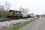 CSX 4043 nears Pleasant St on Track 1 with D707