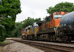 Colourful combo of SF718, CREX1402 and BNSF999 passing Peck Park