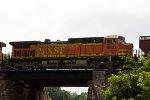 BNSF5633 passing Peck Park