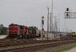 CN2167, CN2641, CSX8863, CSX8519 and CSX2662 waiting to leave the yard