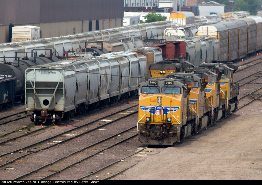 UP7903, UP7722, UP5021 and UP8459 waiting for their next assignment