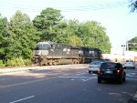 NS 7521 leads 22N past Oaklawn Gardens