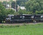NS 3637 passes track crew