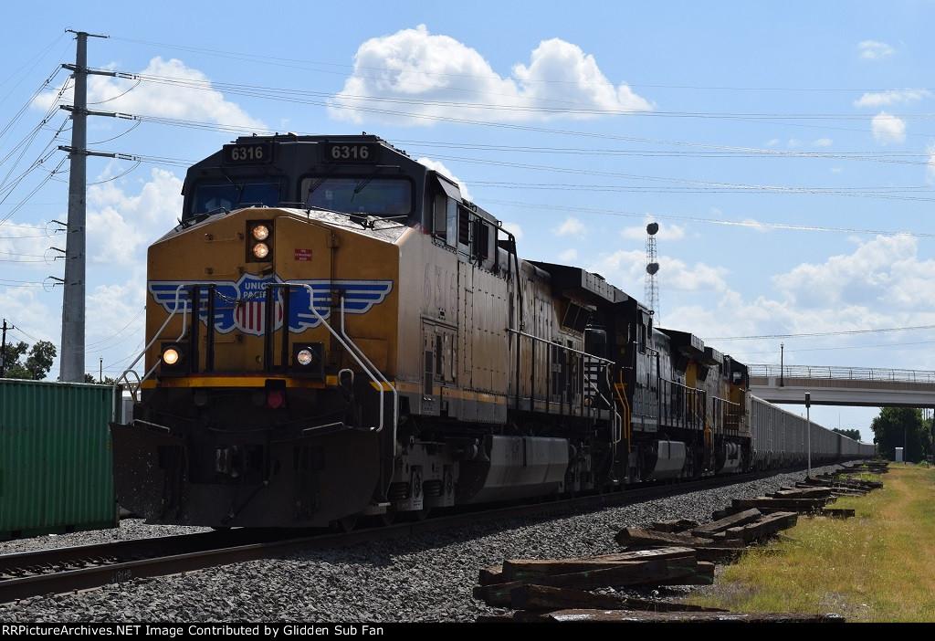 EB UP rock train