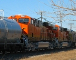 new BNSF power 5921 5922 heads west