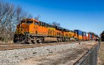 BNSF ET44C4s on NS 237