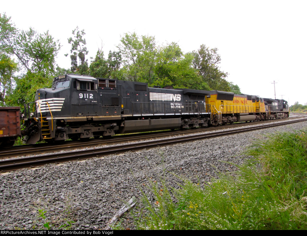 NS 9112 and UP 4828