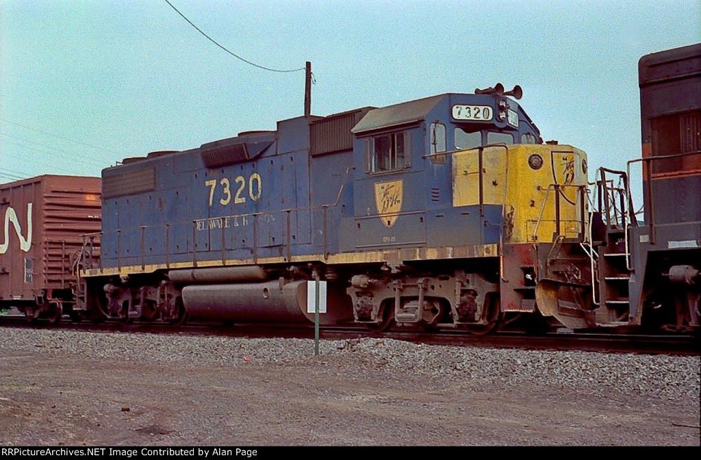 D&H GP38-2 7320
