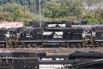 NS GP38-2 5297 (ex-CR 8105)