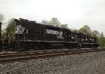 NS GP38-2 5064 and SW1001 2100 (ex-CR 9400)